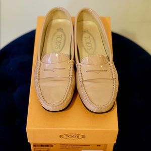 Tod's Gommino Patent Leather Loafer Shoes